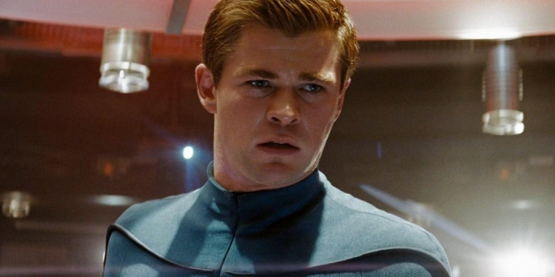 Chris Hemsworth estará no elenco do filme 'Star Trek 4', confirma estúdio