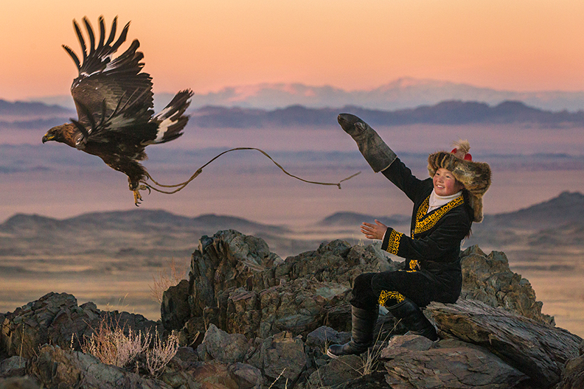 «The Eagle Huntress» (A Caçadora e a Águia) por Duarte Mata